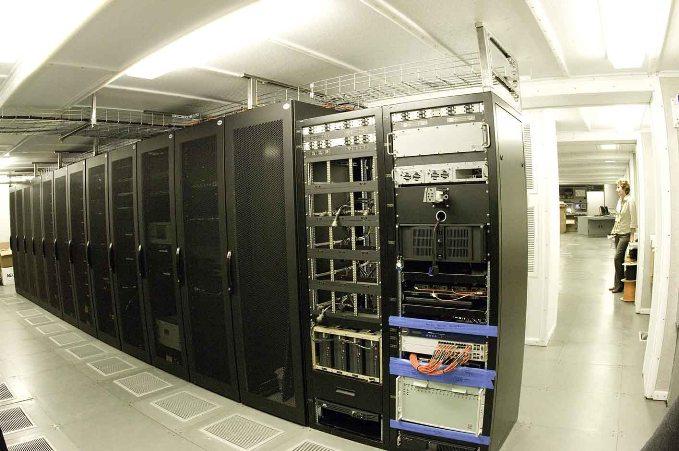 通信室(Communication room)