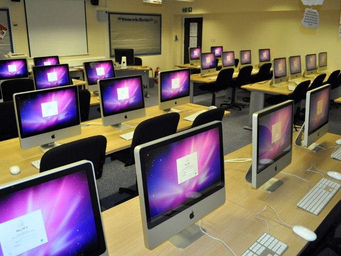 计算机实验室(Computer lab)